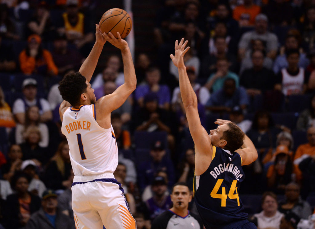 lakers-suns-devin-booker