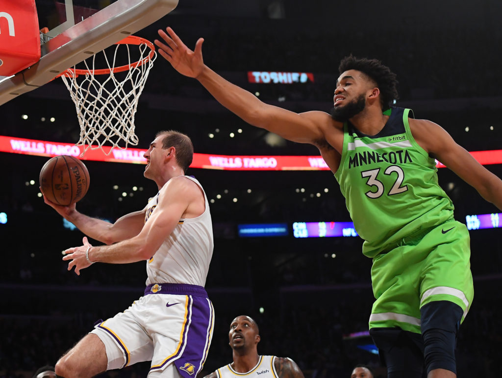 lakers timberwolves alex caruso karl anthony towns