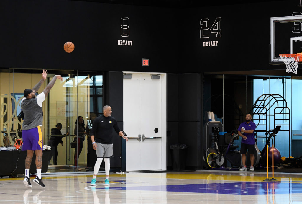 lakers practice facility